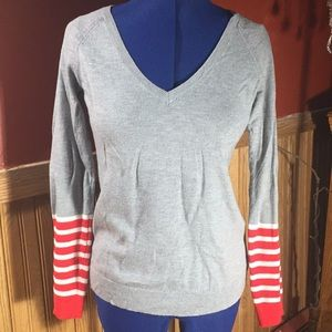 Gap V-neck wool sweater red white stripes size S